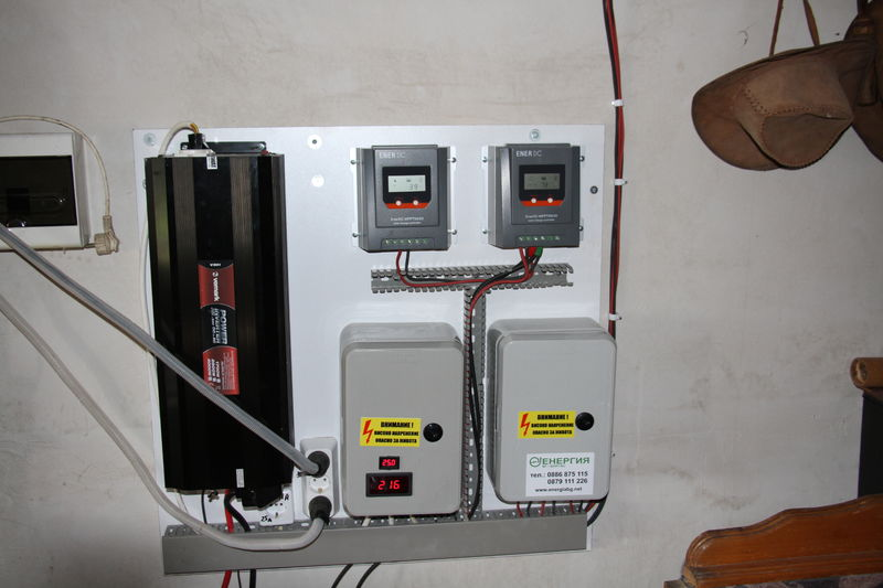 91253ed5040 Автономна фотоволтаична система за ток с инсталирана мощност 1040Wp.
